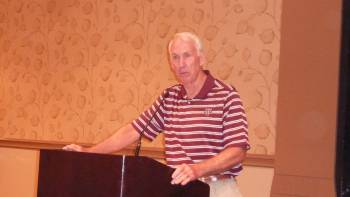 Coach R.C. Slocum addresses attendees at the 2013 ICA Convention Lunch
